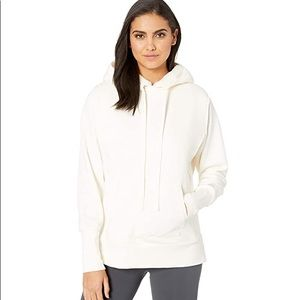 NWT Alo Yoga Heat-Up Long Sleeve Sherpa Pullover